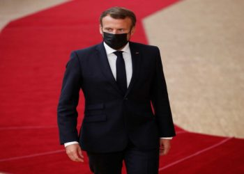 France's President Emmanuel Macron arrives for the second face-to-face European Union summit since the coronavirus disease (COVID-19) outbreak, in Brussels, Belgium October 1, 2020. Francisco Seco/Pool via REUTERS